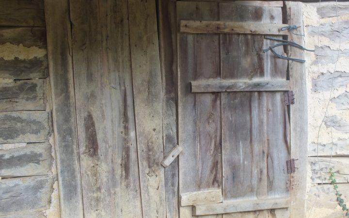 06.04.17. Tahtadan bir ev kapısı. SAMSUN